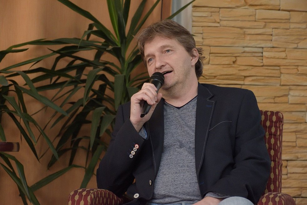 Jaromír Bosák, sportovní komentátor České televize