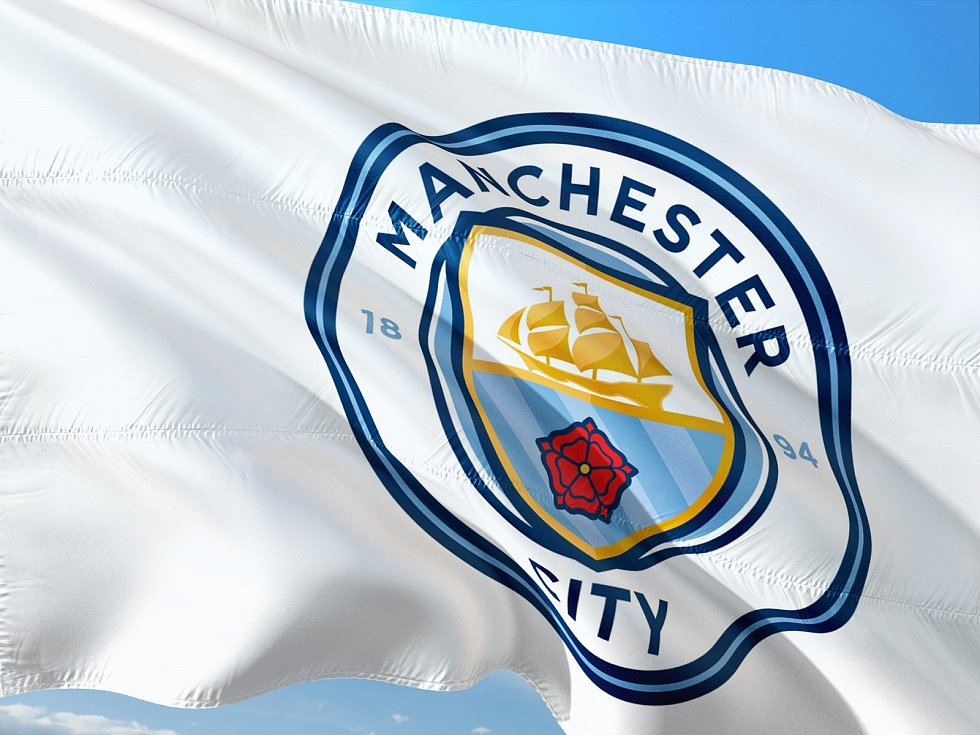 …který se o prvenství v tamní Premier League přetahuje s Cityzens z Manchesteru.