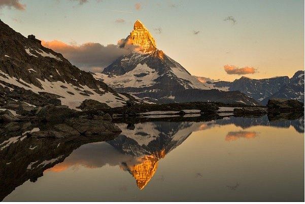 Pohled na Matterhorn, nejkrásnější horu Evropy, nedaleko od Zermattu