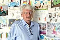 Režisér a ředitel televizní stanice Čt . D  Petr Koliha.