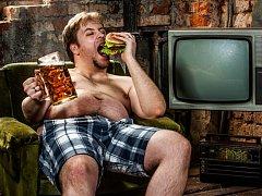 - Být obézní není špatné jen pro krásu postavy, ale i pro mozek, tvrdí vědci.