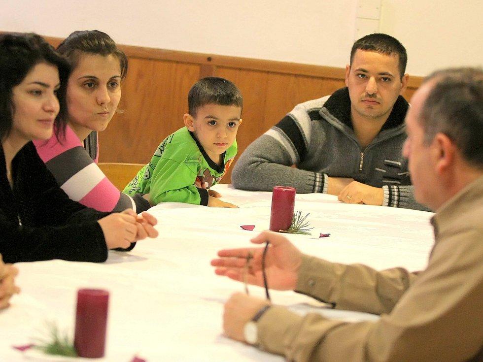 Iráčtí uprchlíci v rekreačním zařízení Okrouhlík. Ilustrační foto.