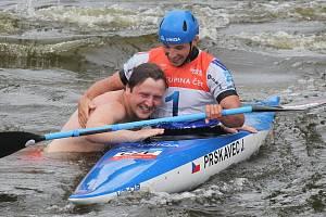 Světový pohár ve vodním slalomu v pražské Troji: Jiří Prskavec vyhrál závod kajakářů