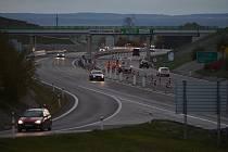Provoz na dálnici. Ilustrační foto.