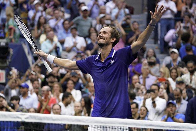Daniil Medveděv slaví triumf na US Open.