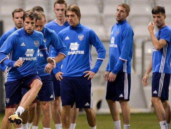 Fotbalisté Ruska na tréninku před zápasem v Kataru.