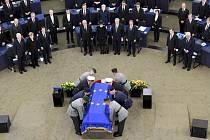 poslední rozloučení s Helmutem Kohlem ve Štrasburku, v sídle EP