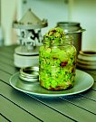 Svěží nudličkový salát – jako ze školy