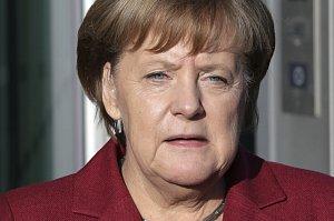 """Angela Merkelová poté, co padla """"Jamajka""""."""