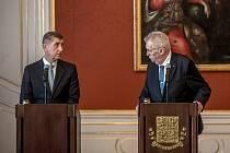 Prezident Miloš Zeman (vpravo) a Andrej Babiš.