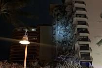 Zřícení výškové budovy na Floridě