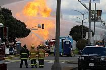 V San Franciscu hořelo plynové potrubí
