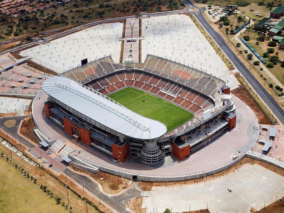 Peter Mokaba Stadium - Polokwane. Kapacita: 45 264.