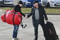 Vladimír Vůjtek (vpravo) na srazu vítá Petra Zámorského