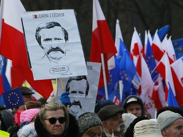 Sobotní demonstrace ve Varšavě.