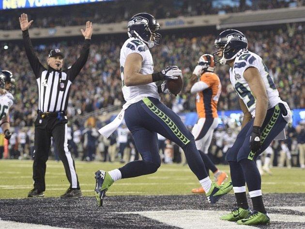 Jermaine Kearse ze Seattlu a jeho touchdown.