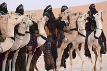Boje maliské armády s povstaleckými kmeny Tuarégů přiměly k opuštění země již 22.000 lidí.