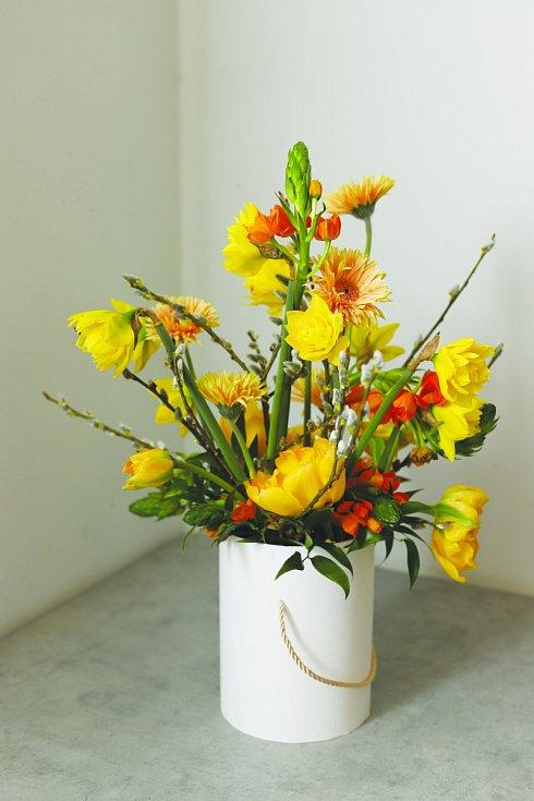 Toužíte po kytici, která vám doma bude dělat radost a přitom bude originální? Není to nic složitého