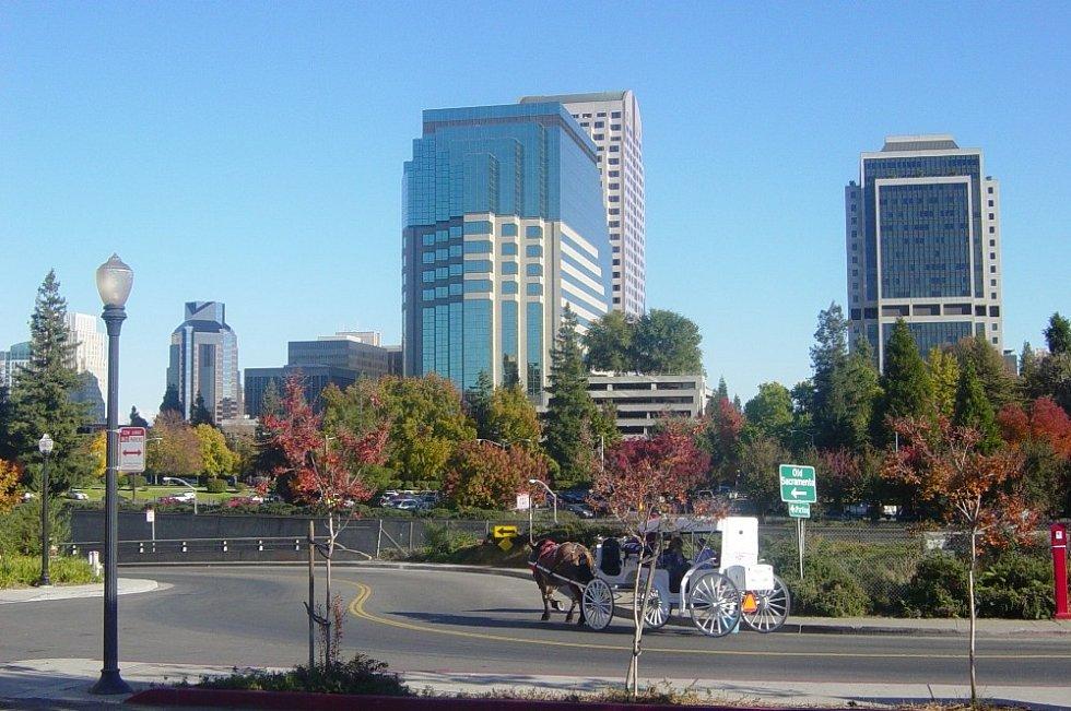 Hlavní město Kalifornie Sacramento, jež se stalo na přelomu let 1977 a 1978 centrem Chaseova vražedného řádění