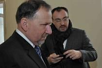 Vladimír Kotrouš (v popředí) s někdejším poradce primátora Martinem Grmelou