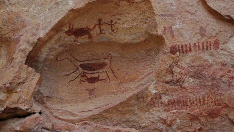 Podobně jako v Evropě, i paleolitický člověk uměl zachycovat okolní svět v uměleckých dílech