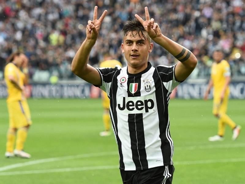 Paulo Dybala z Juventusu se raduje z gólu proti Sampdorii.