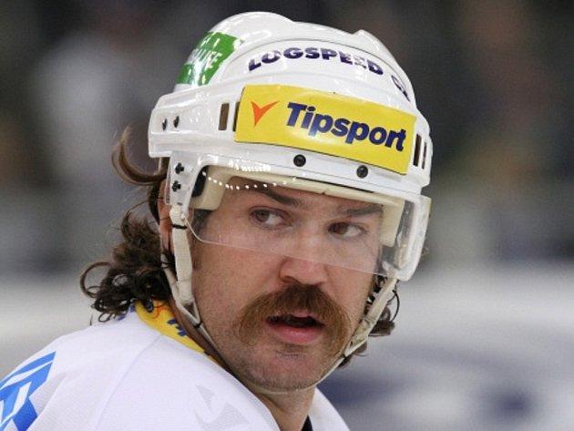 """""""Zlý muž"""" hokejistů Plzně Ryan Hollweg."""