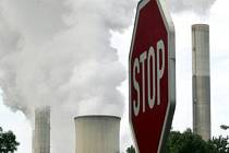 Emise, znečištění - ilustrační foto