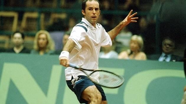 Jamie Delgado na snímku z roku 2000