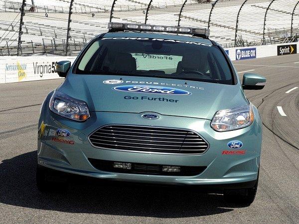 Zaváděcí elektromobil Ford