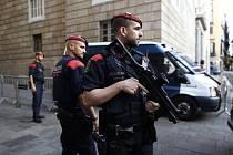 Španělská policie zasahuje v sídlech katalánských samosprávných orgánů