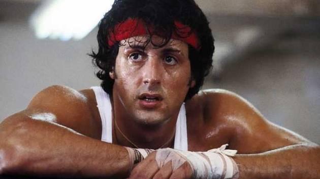 Populární boxer slaví letos 45 let od prvního filmu, HBO GO se rozhodlo jeho příběhy připomenout. K vidění je celá série včetně zmíněných Creed. 20. května k nim přibude i nový dokument o pozadí prvního snímku i další méně známé informace.