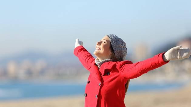 Přimějte se denně k pohybu. Ať už procházkám, výletům, cyklistice na čerstvém vzduchu, nebo domácímu cvičení.