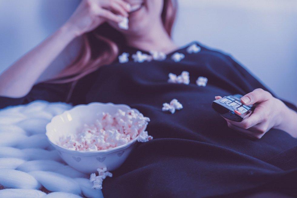Sledování televize - Ilustrační foto