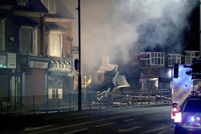Výbuch a požár v anglickém Leicesteru
