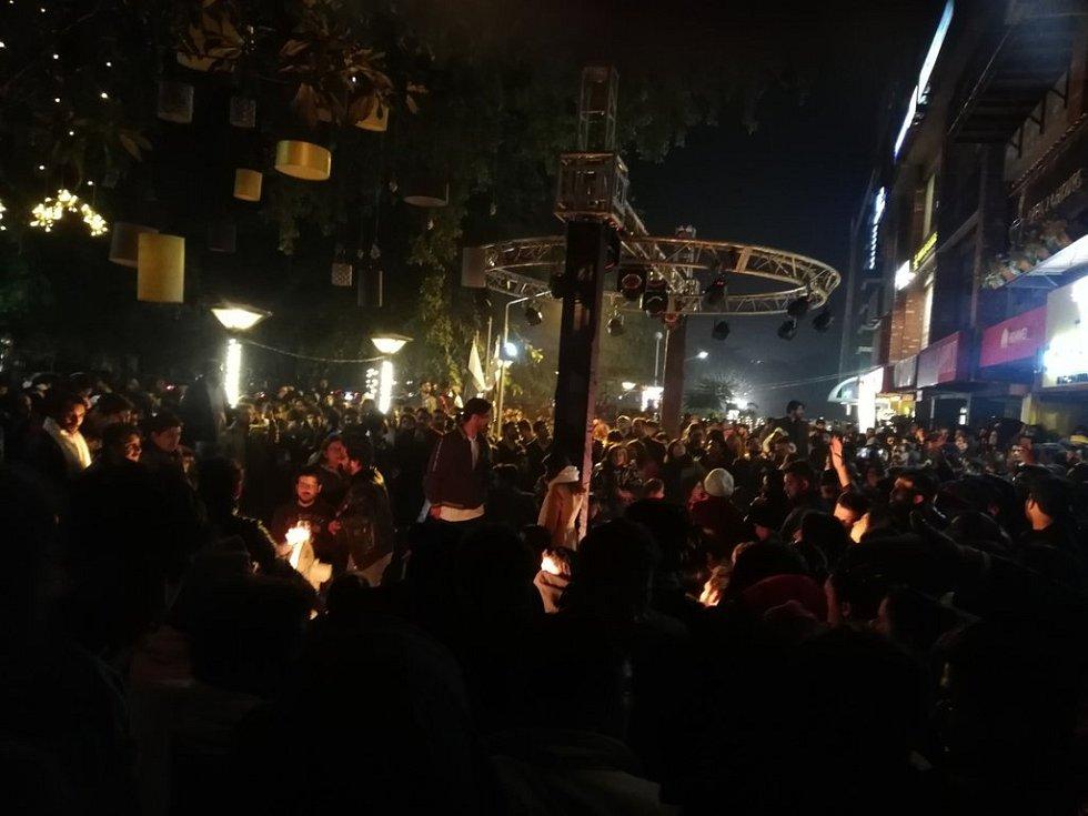 Novoroční oslavy v pákistánském Islámábádu