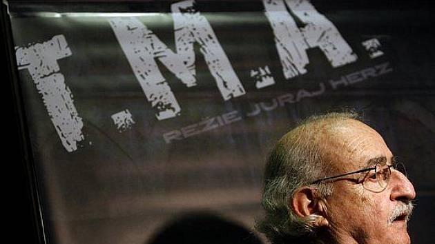 Režisér Juraj Herz před premíérou svého filmu T.M.A. 7. června při 44. ročníku mezinárodního filmového festivalu, který probíhal pátým dnem v Karlových Varech.