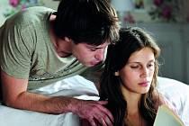 JEN 17. Festival odstartuje film Francoise Ozona o dívce, jež z rozmaru prodává své tělo (Marine Vacth).