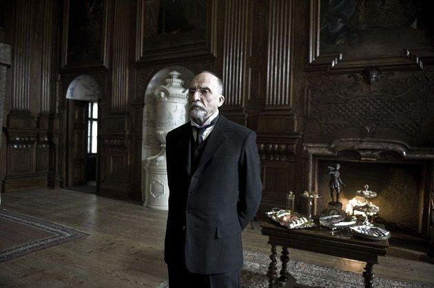 VSedláčkově Českém století ztvárňuje prezidenta Masaryka Martin Huba.