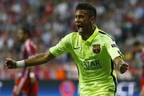 Neymar z Barcelony se raduje z gólu proti Bayernu Mnichov.