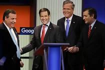 Republikánští prezidentští kandidáti zleva: Chris Christie, Marco Rubio, Jeb Bush a Ted Cruz.
