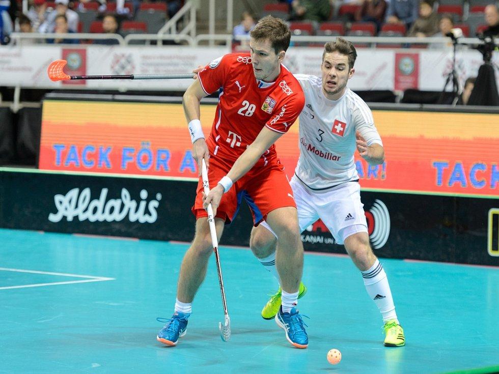 Matěj Jendrišák (vlevo) proti Švýcarsku.