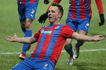 Stanislav Tecl z Plzně se raduje z gólu proti Neapoli.