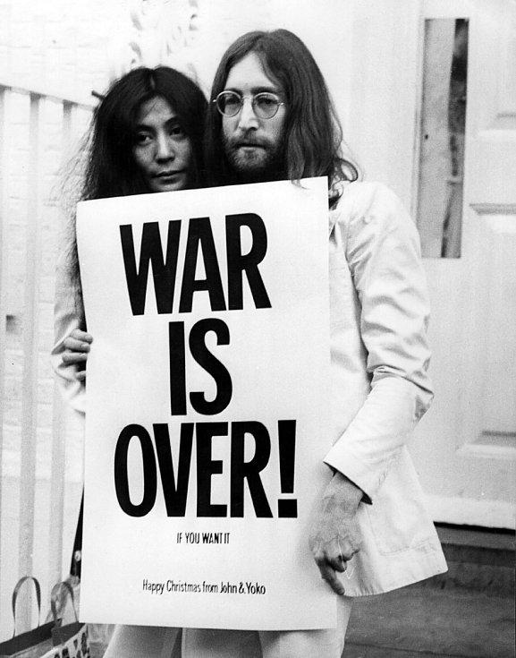 John Lennon a Yoko Ono