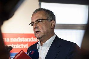 Zástupci TOP 09 sledují výsledky sněmovních voleb, Miroslav Kalousek. 21. 10. 2017