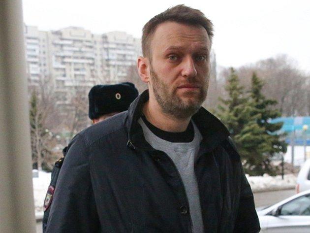 Ruský opoziční předák Alexej Navalnyj dnes obvinil ruského prezidenta Vladimira Putina z přímé odpovědnosti za vraždu bývalého vicepremiéra, opozičního politika Borise Němcova.