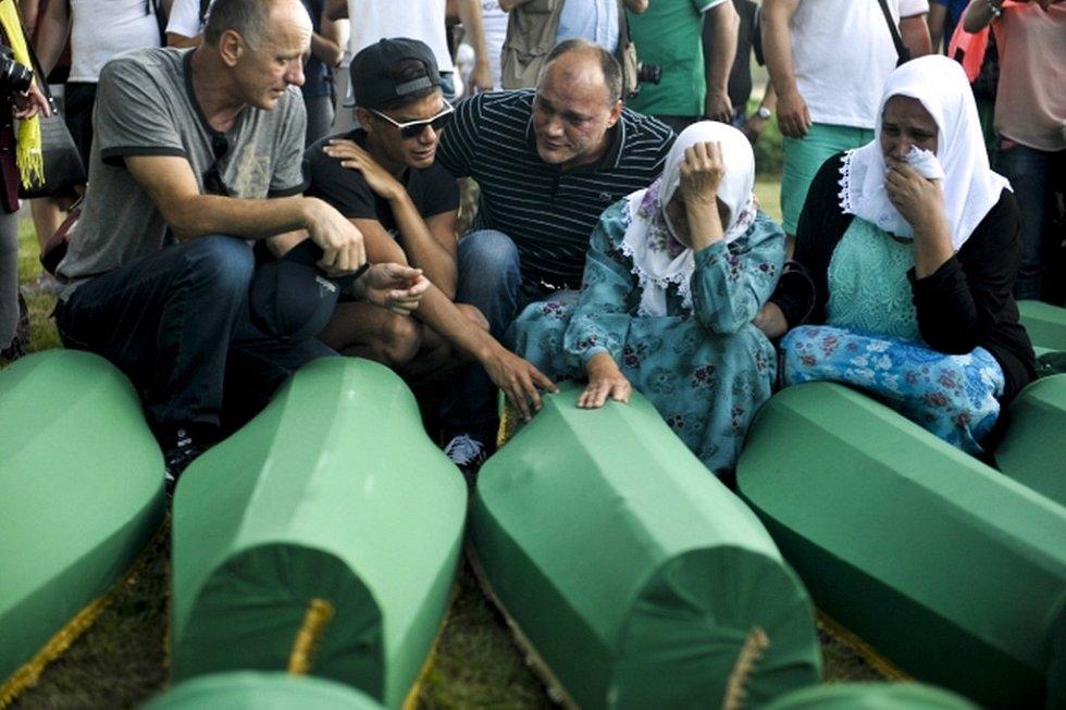 Připomínka masakru v Srebrenici