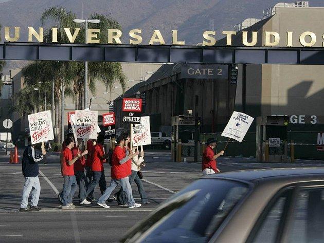 Hollywood stávkuje. Budou se točit špatné filmy?