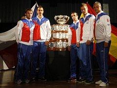 Český daviscupový tým Ivo Minář, Lukáš Rosol, Radek Štěpánek, Tomáš Berdych a Jaroslav Navrátil.