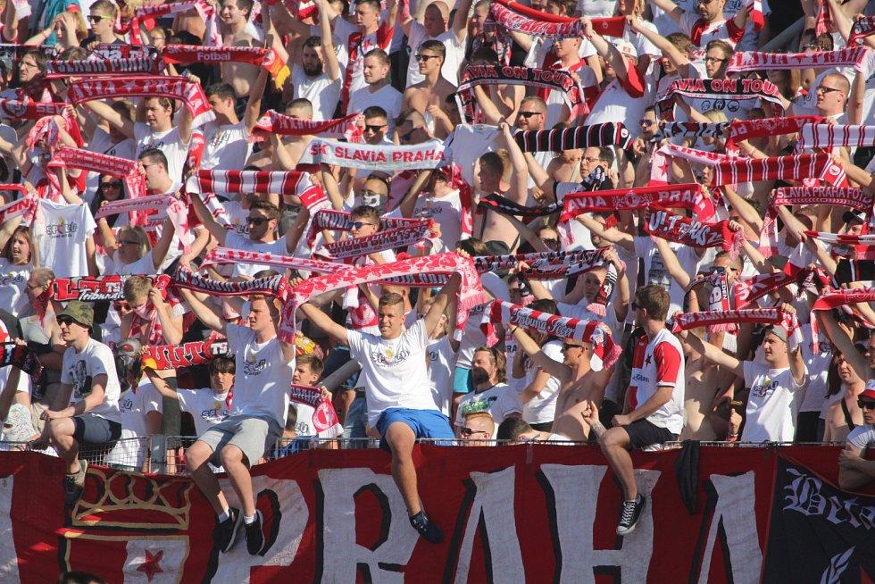 Slavia zvítězila nad Brnem 4:0 a mohla slavit titul